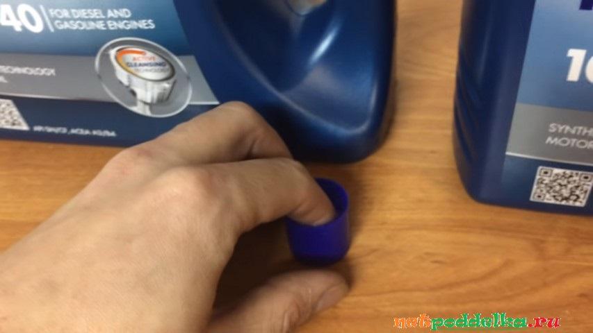 Смачивание пальца